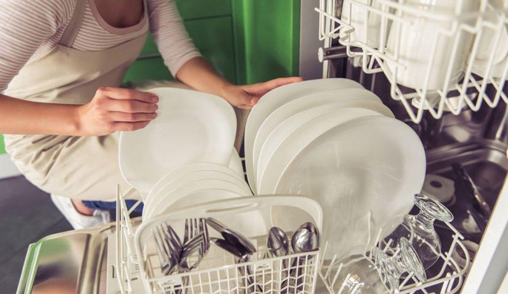 bulaşık makineniz kokuyor mu